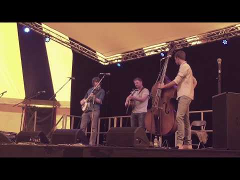 Never Tire of the Road - Chris Quinn with Dan Walsh & Tom Moore