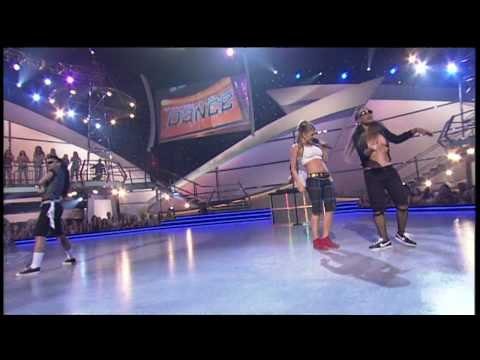 Fergie - London Bridge Live 18-08-06) [720p] HD.avi