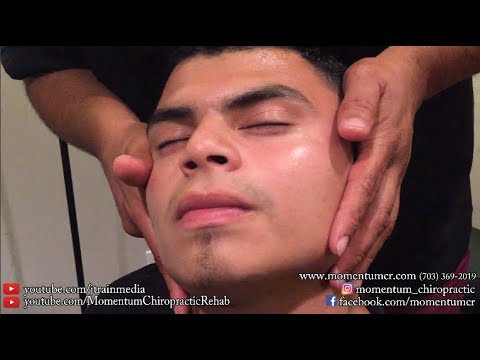 Chiropractic Adjustment On Current Dr Diaz Patient With Bilateral Trap Pain