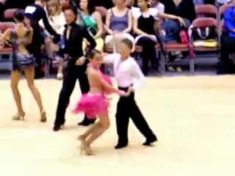 Khiêu vũ quốc tế   điệu Samba Simon & Lucy
