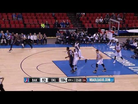 Cory Jefferson posts 15 points & 16 rebounds vs. the Blue, 3/22/2016