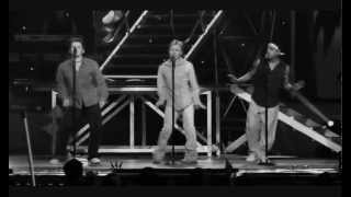 S Club 7 -09- 'S Club Party Live' [S Club Boys' Spotlight]