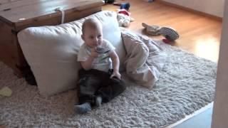 Alex Poikamme ( 1 vuotiaana ) 9 video.