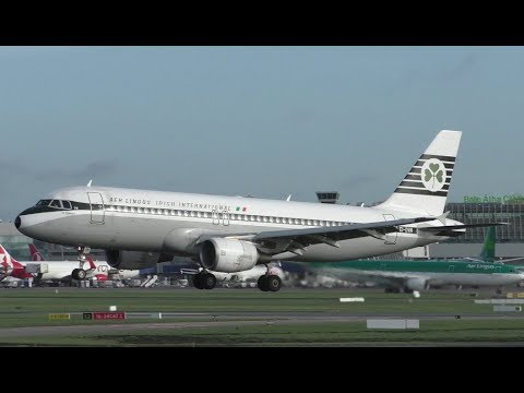 Aer Lingus Retro A320 Landing at Dublin Airport