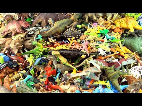 500 toy dinosaurs stacked - 500+ Dinosaur collection toys - Jurassic World Lego