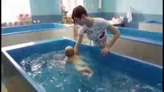 Грудничковое плавание ныряние