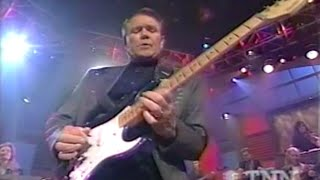 """Glen Campbell Sings """"Try a Little Kindness"""" w/guitar solo"""