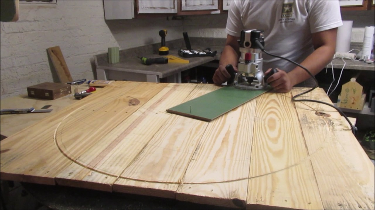 Round Pallet Wood Table Top Youtube