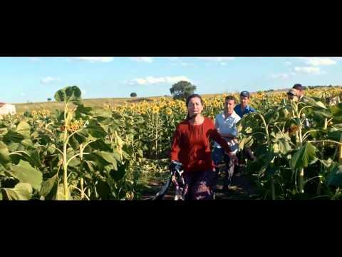 Милая и опасная (2015) — Иностранный трейлер [HD]