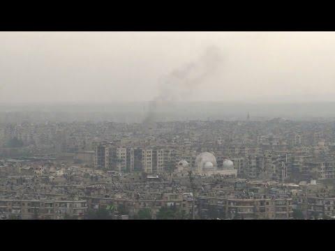 Intenses bombardements du régime syrien à Alep