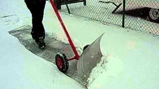 Schneeschieber Schneeschaufel Schneeschippe Schneeräumer Schneepflug mit Rädern