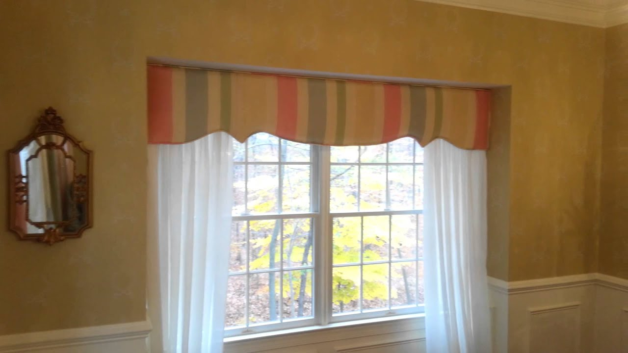 Window Treatment Idea For Bay Window Or Bump Out Window