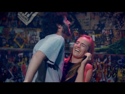 "Lil Dicky Performs ""Lemme Freak"" LIVE! 