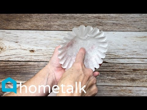Easy Coffee Filter Decor - Grab 50 coffee filters for these gorgeous holiday decor ideas! | Hometalk