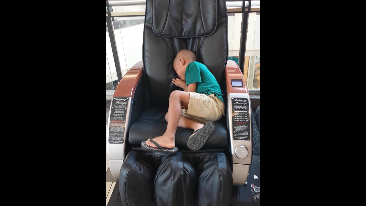 massage chair for kids. kids react to massage chair for c