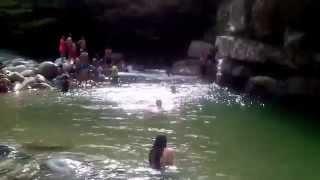 clavado extremo charcos de cisneros. agua cristalina (clavado en rio)