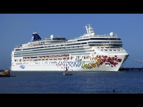 Norwegian Gem cruise ship inside views