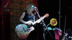 Jane Kitto - Black Hole Sun (Soundgarden cover), Live @ Bar Nuotti, Litoinen, 27.9.2019