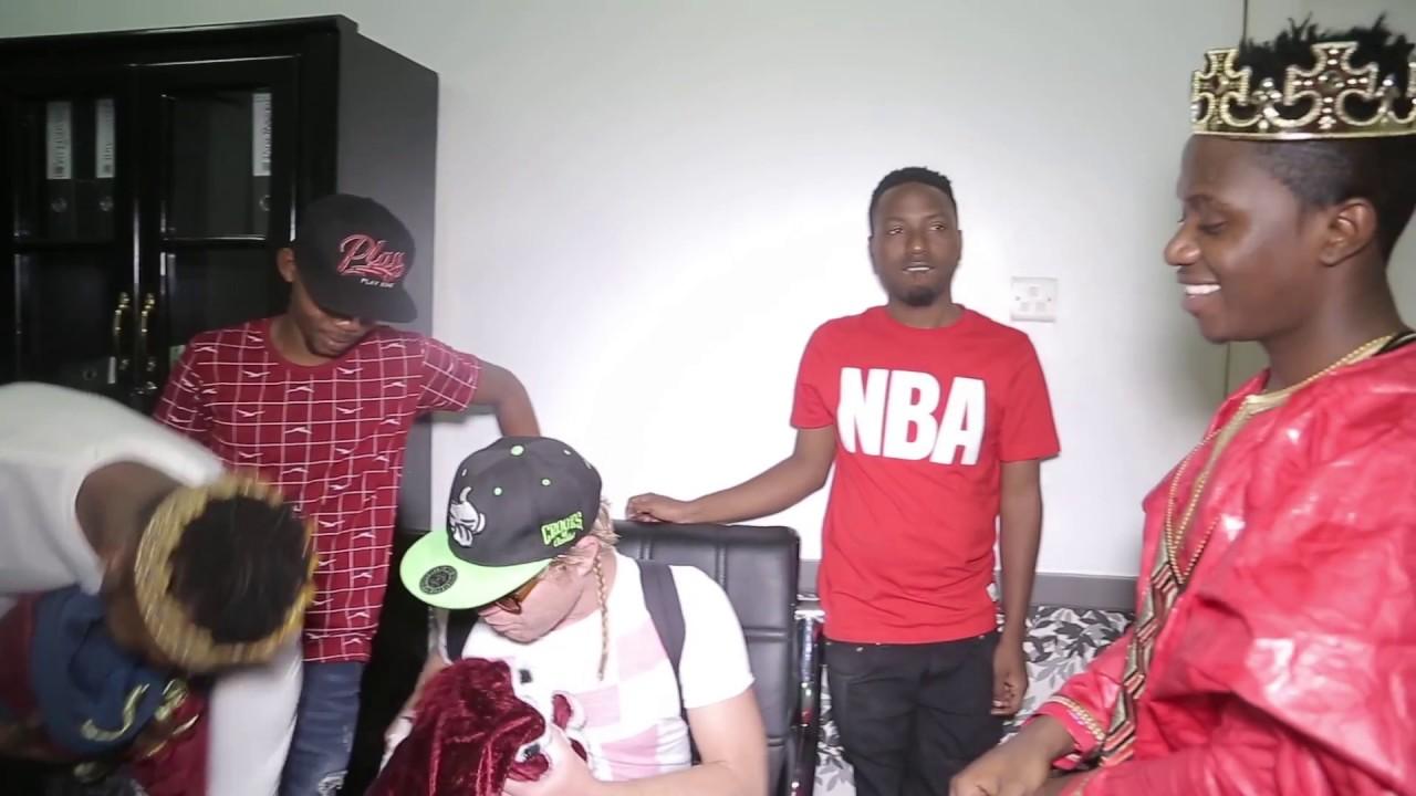 Download Diamond Platnumz - utata wa mavazi ya video ya salome (behind the scene)