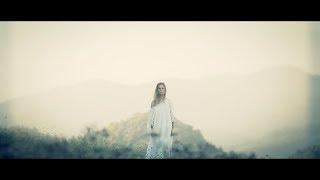 Смотреть клип Desireless Ft. Valfeu - Voyage, Voyage