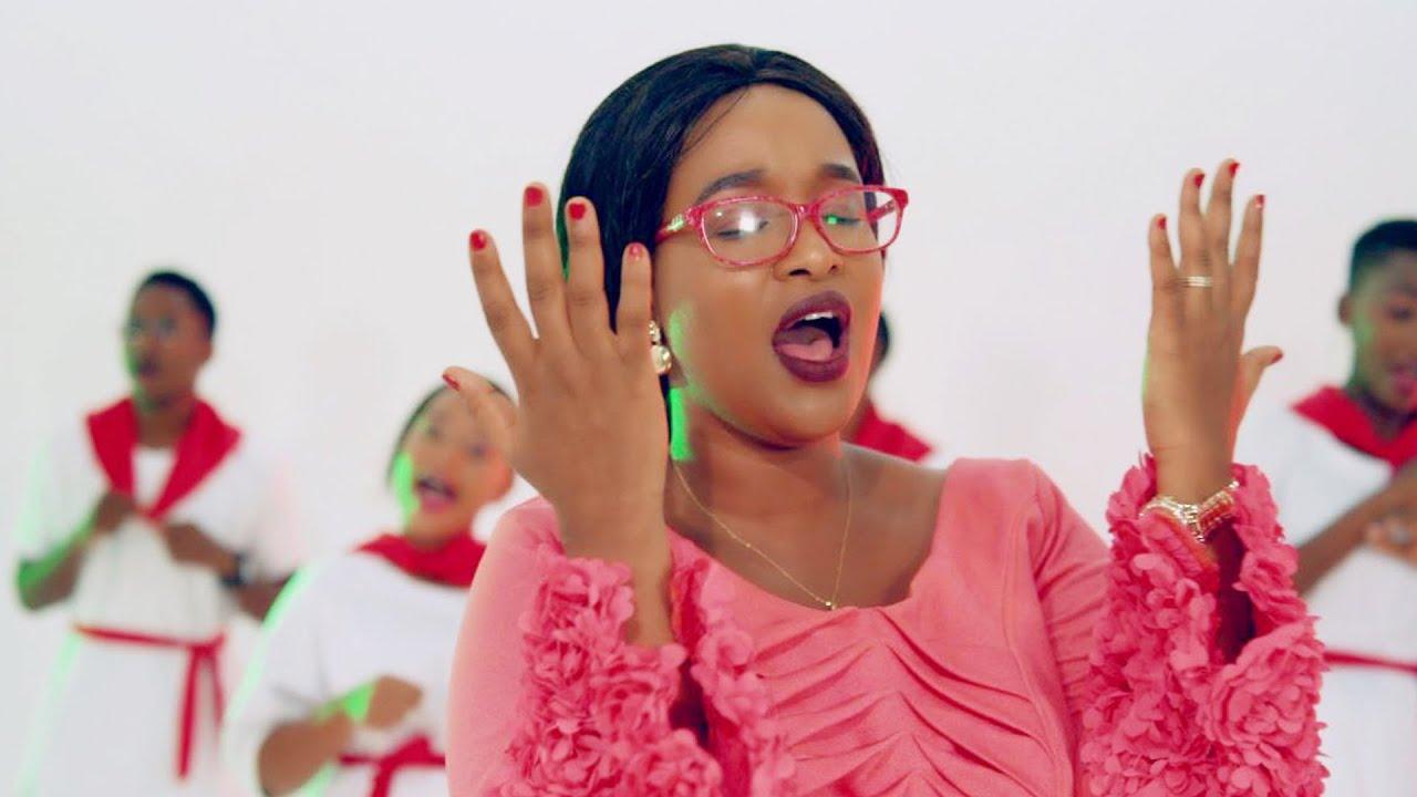 Download REGINA AVIT - MAELFU (Official Video) - Joyous Celebration - Hay' Inyweba (SWAHILI)