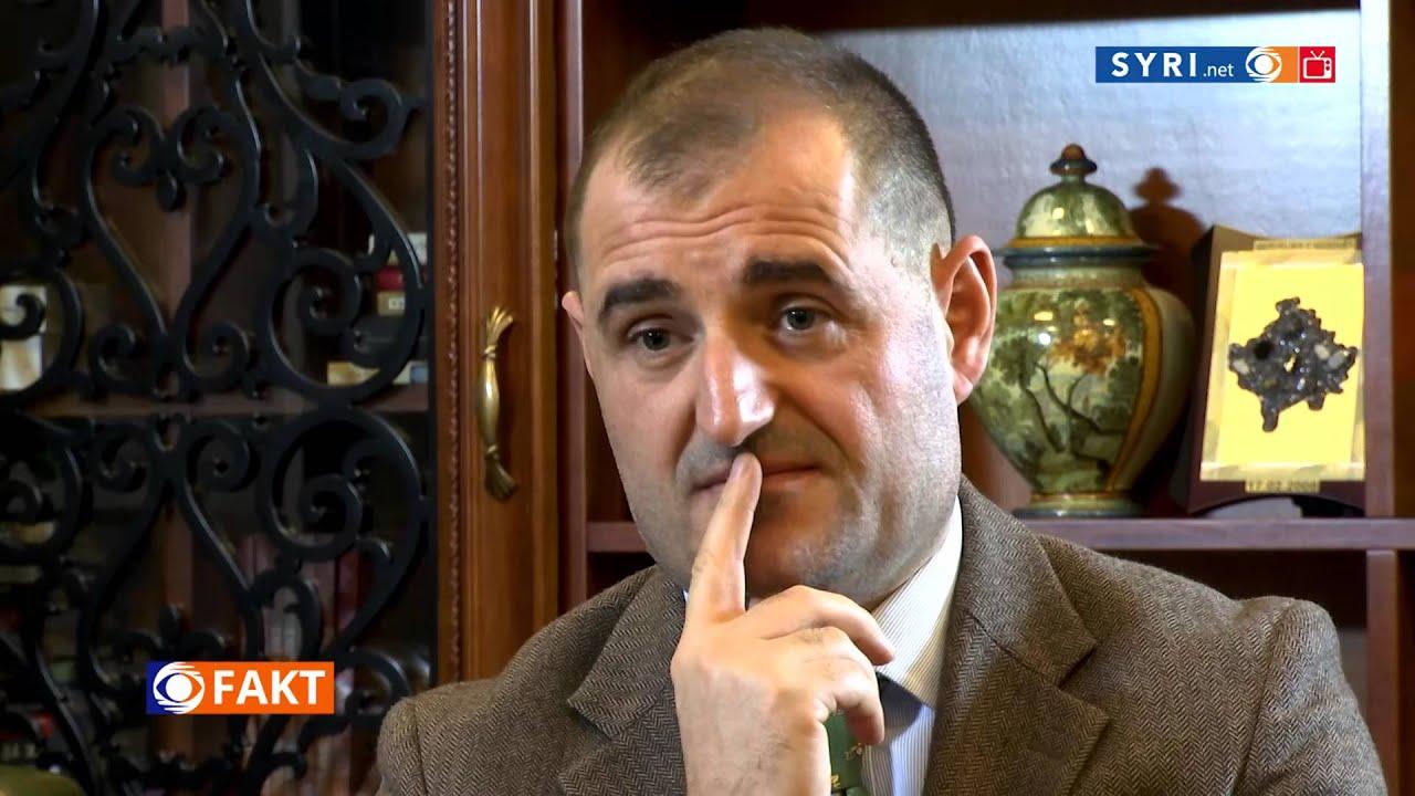 Cili ka qene roli i sigurimit  ne levizjen e dhjetorit. Ja pergjigja e Berishes SYRI.net TV