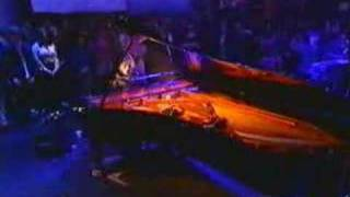 Tori Amos - Mr. Zebra on Jools Holland 1996