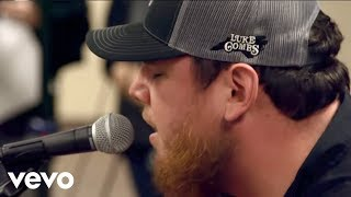 Watch Luke Combs Houston We Got A Problem video