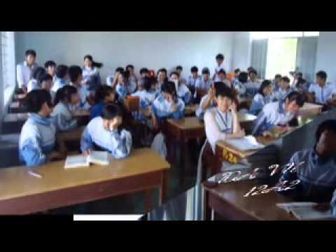Cô trò lớp 12A2 khóa 2011 - 2014, THPT Trần Phú, BMT, Đắk Lắk