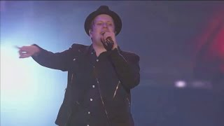 Repeat youtube video This Ain't A Scene, It's An Arms Race - Fall Out Boy Live at AT&T Block Party (part 7)