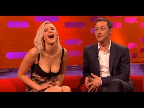 Jennifer Lawrence Text Message Prank (Graham Norton Show) 13 May 2016