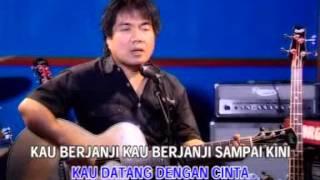 Video Ade Putra - Hati Selembut Salju [OFFICIAL] download MP3, 3GP, MP4, WEBM, AVI, FLV September 2018