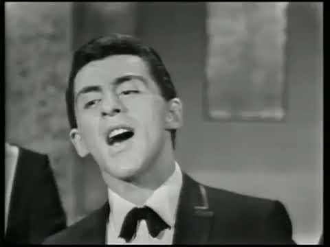 Frankie Valli and the Four Seasons  - Big Girls Don t Cry   1962