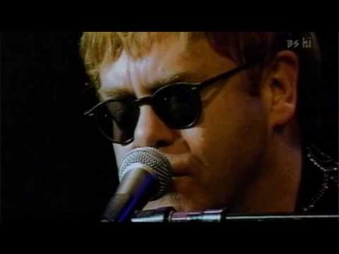 Elton john - The Wasteland (Live in Tokyo 2001)