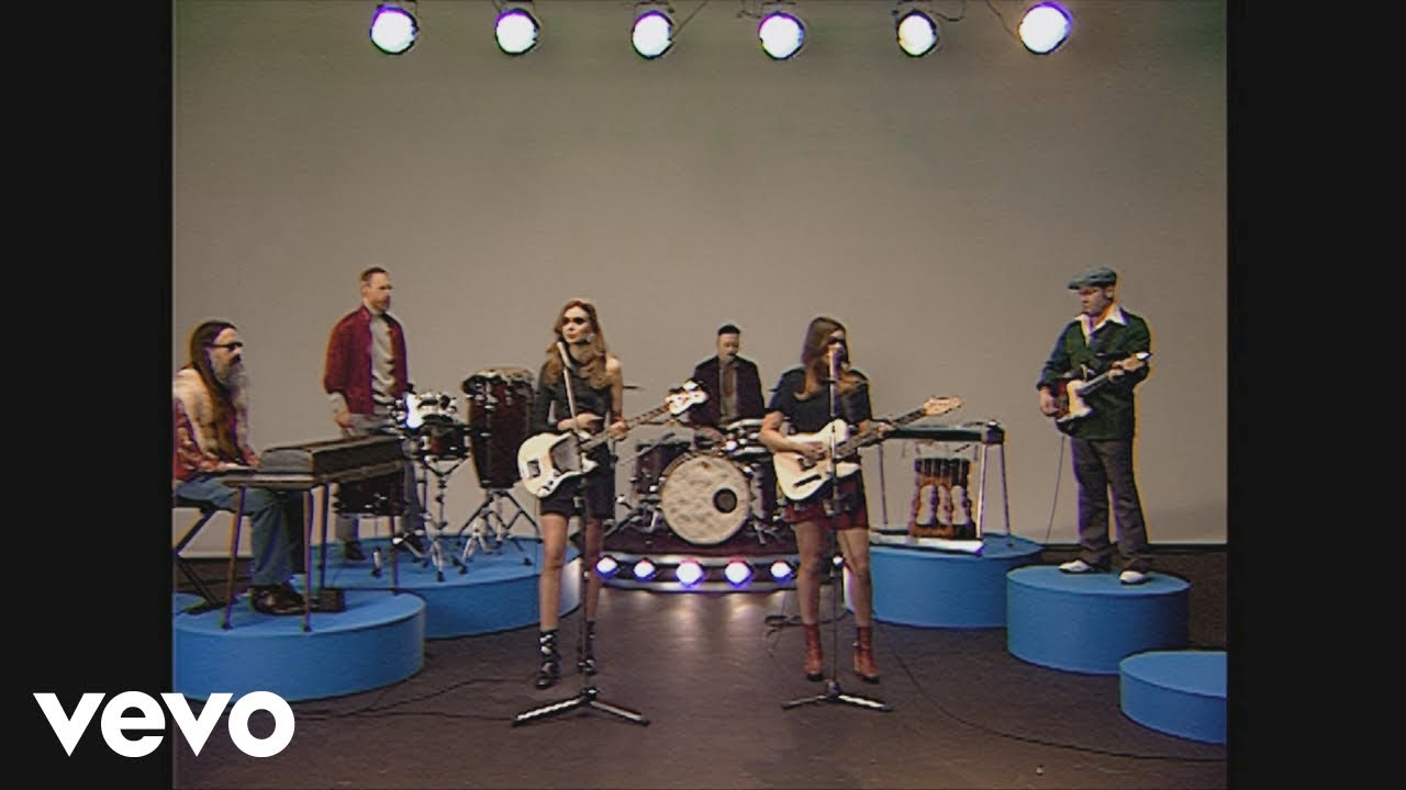 first-aid-kit-you-are-the-problem-here-live-from-the-rebel-hearts-club-firstaidkitvevo