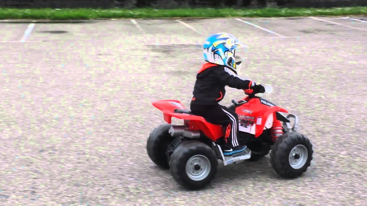 Franky quad peg perego 18v - YouTube