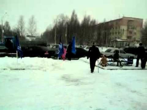 Площадь Нефтянников Флаги