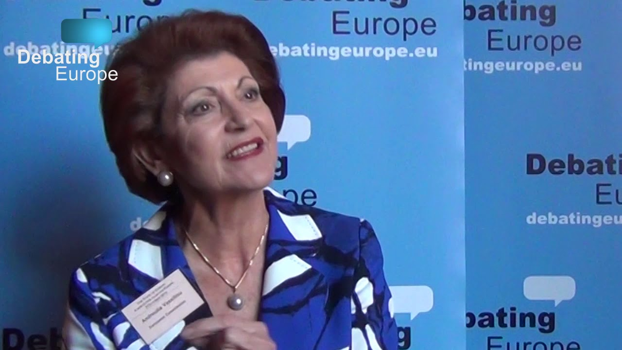 Ana Lilian De La Macorra Nua should english be the only official language of the eu