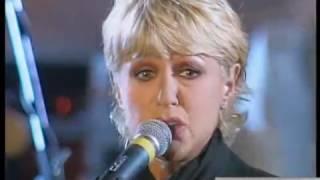 loretta goggi   i giardini di marzo video live 1998