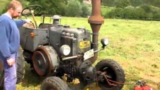 Odpalanie Lanz Bulldog stary traktor
