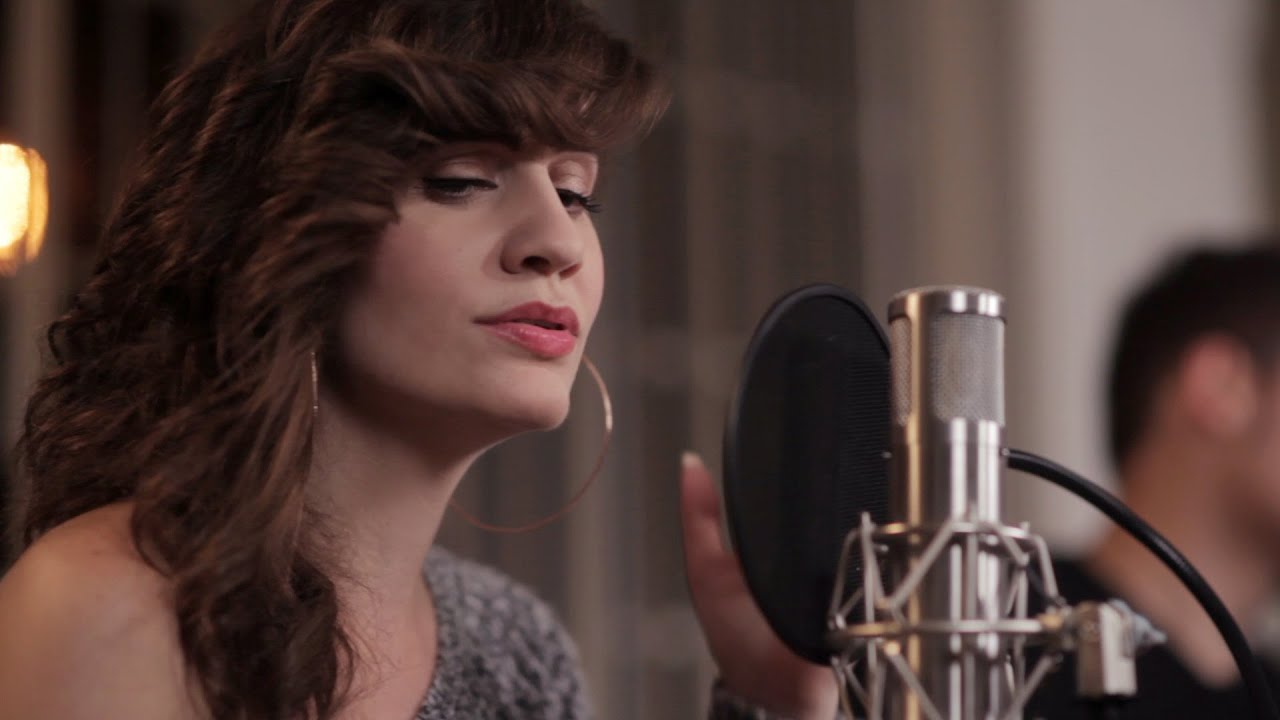 Sia - Chandelier (acoustic cover by Maria Z) - YouTube
