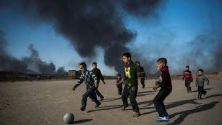 عشرات القتلى والجرحى في غارة استهدفت مراكز تسوق في مدينة القائم العراقية