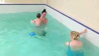 Ныряем Обучение плаванию в бассейне в Минске для детей Курсы,Секция,занятия