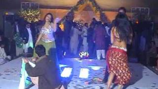 Repeat youtube video Mujra in VIP Style (PART 4)