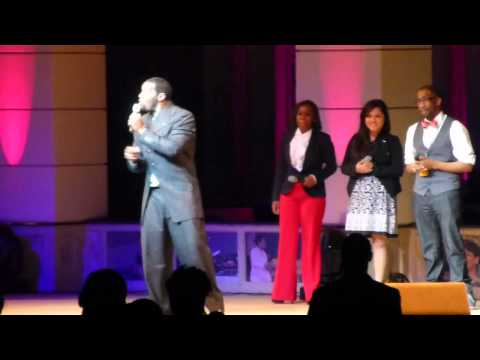 Earnest Pugh - Great is thy Faithfulness (A MUST SEE 5 OCTAVE RANGE)