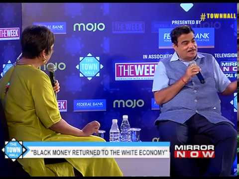 """""""Economy will bounce back in six months"""" says Nitin Gadkari on #townhall"""