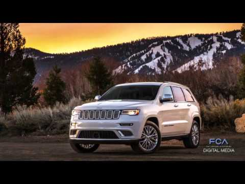 2017 Jeep Grand Cherokee Trailhawk and Summit at 2016 New York Auto Show
