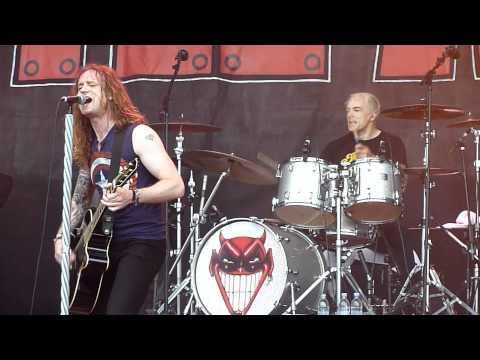 Little Angels - Young Gods (Live - Download Festival, Donington, UK, June 2012)