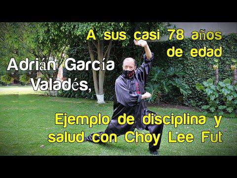 A sus casi 78 años, Adrián García Valadés, ejemplo de disciplina y salud con Choy Lee Fut