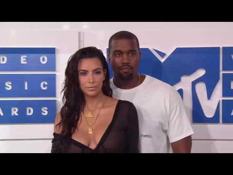 Kim Kardashian & Kanye West @ MTV VMAs 2016